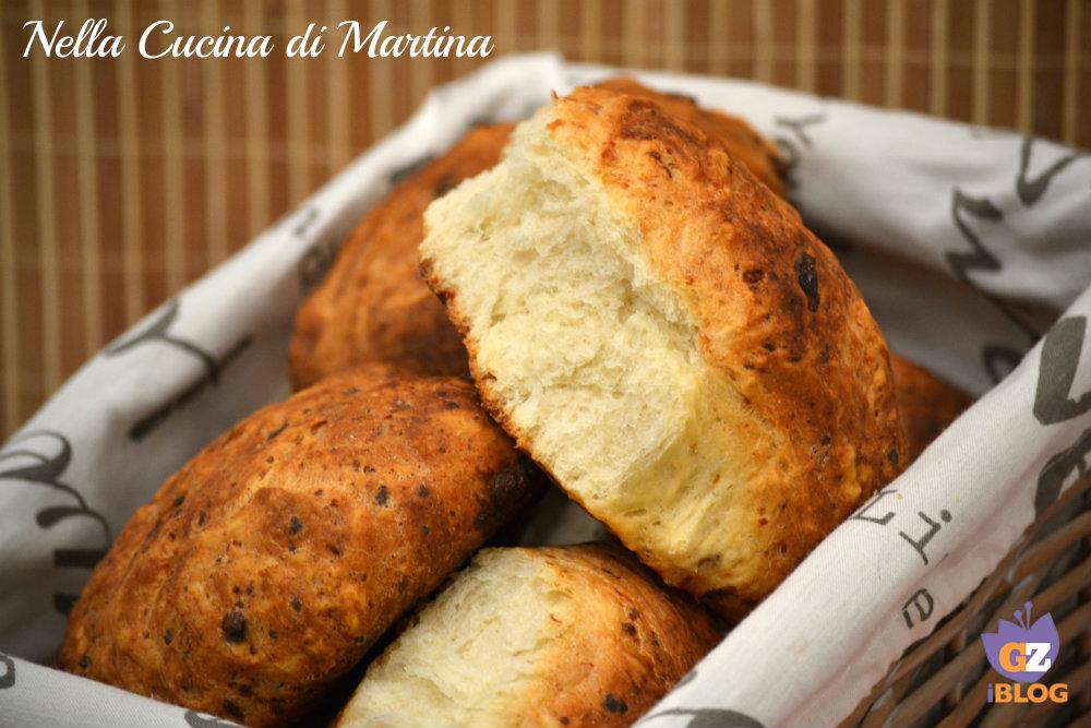 pane al pecorino e miele ricetta nella cucina di martina