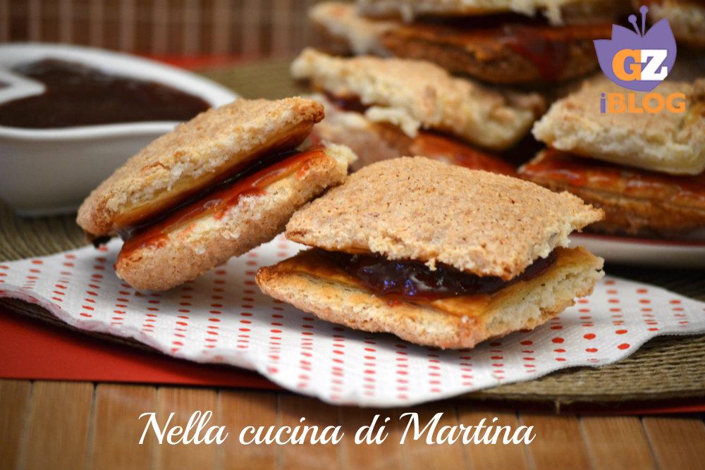 sfogliatine alla marmellata ricetta dolce nella cucina di martina