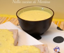 Salsa di yogurt e curry