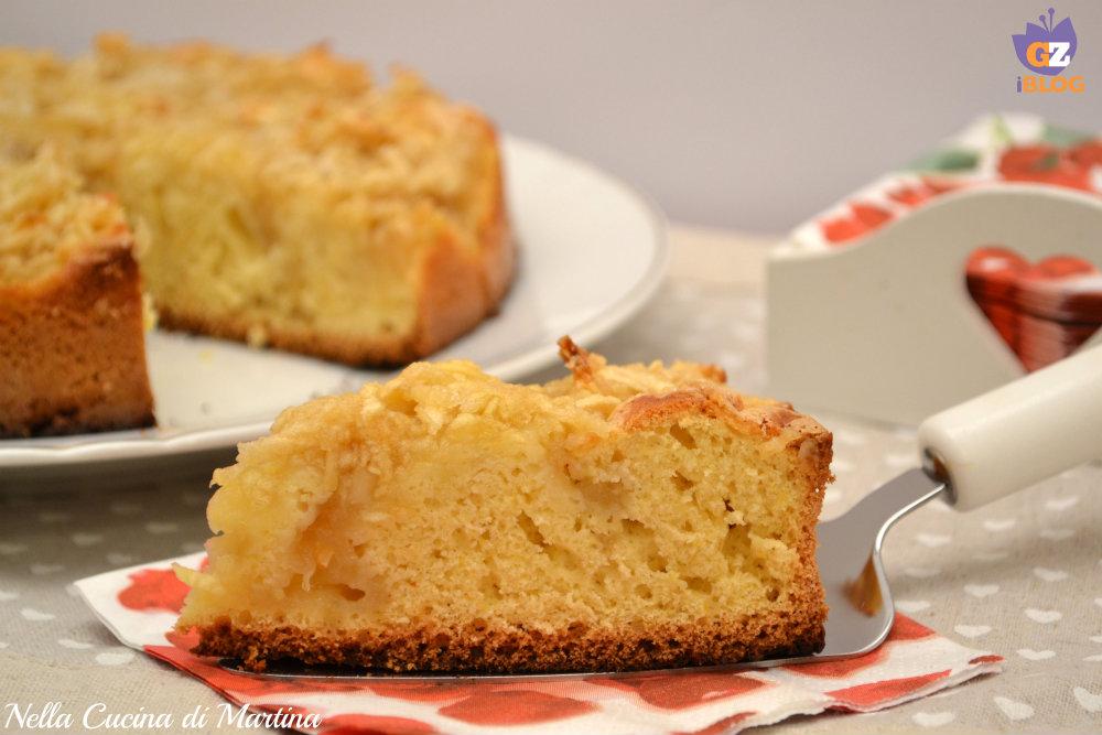mele sulla torta ricetta nella cucina di Martina