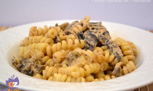 Pasta ai funghi e capperi, ricetta primo
