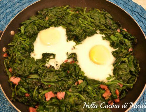 Uova, spinaci e speck