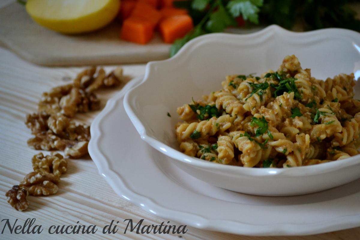 pasta con salsa bizzarra ricetta nella cucina di martina