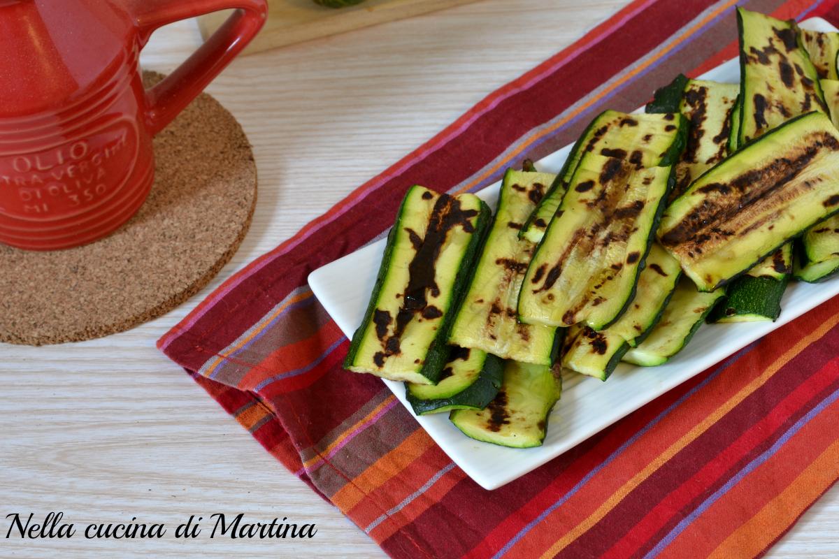 Zucchine grigliate ricetta contorno semplice e veloce for Cucina veloce e semplice