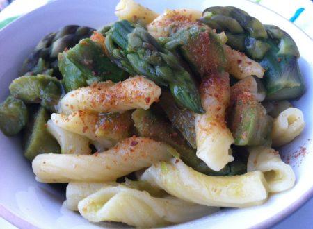 Pasta con asparagi e bottarga