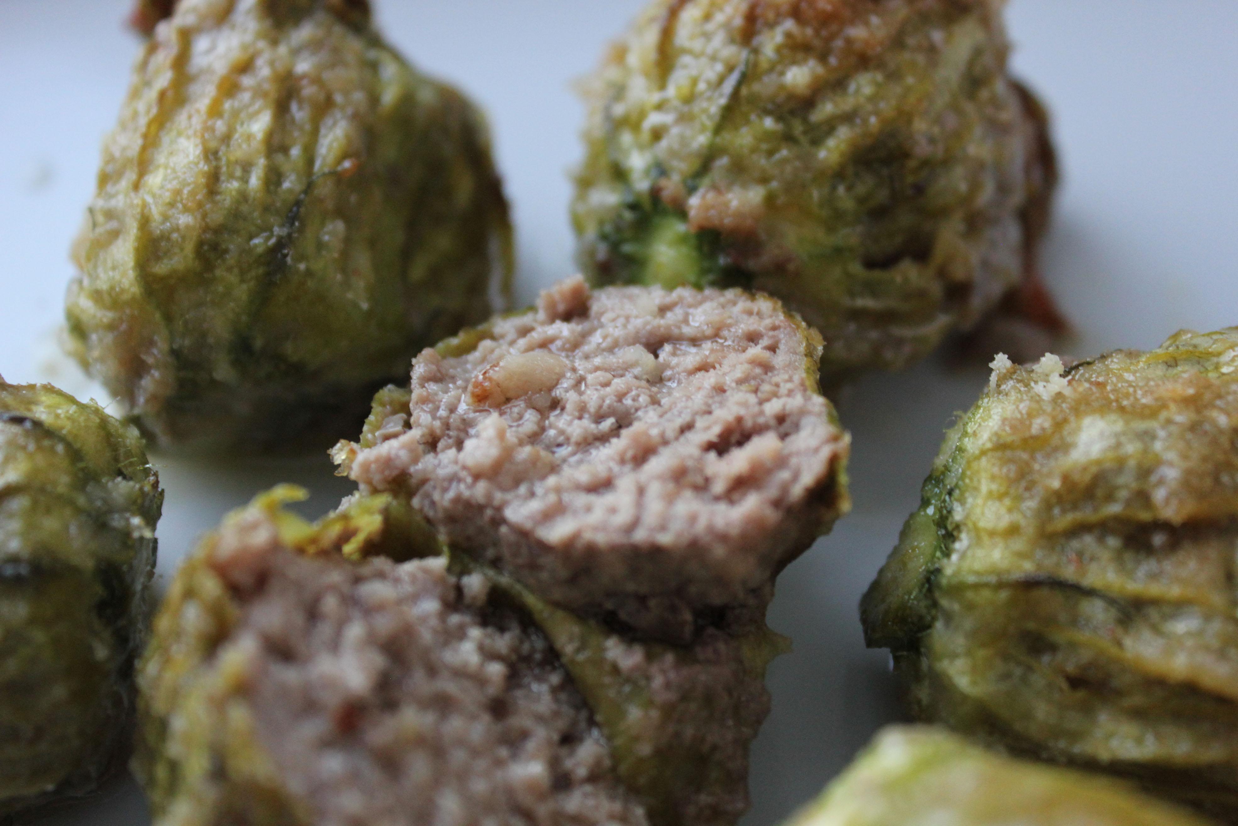 Fiori di zucchine ripieni di carne