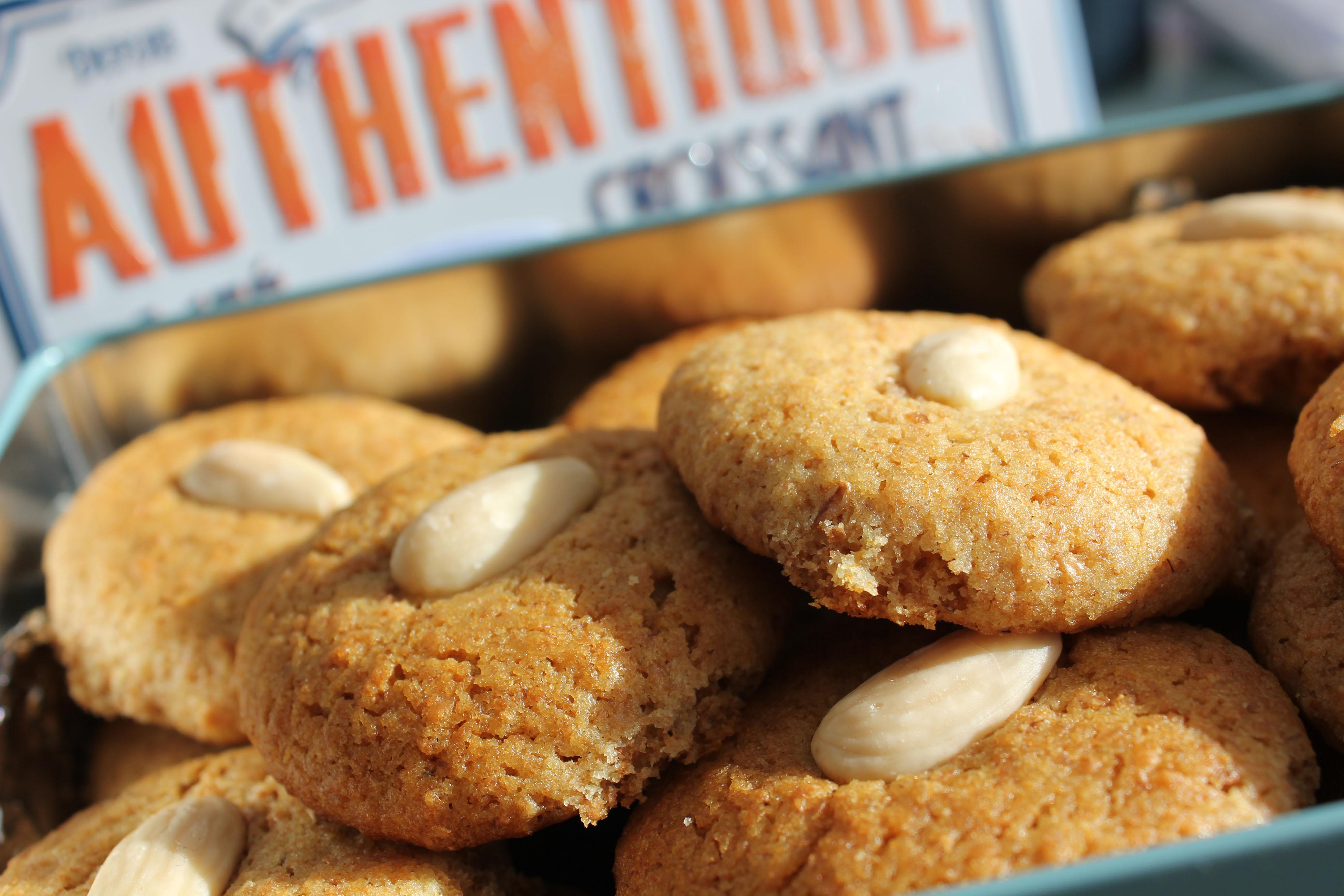 biscotti integrali al miele senza lattosio