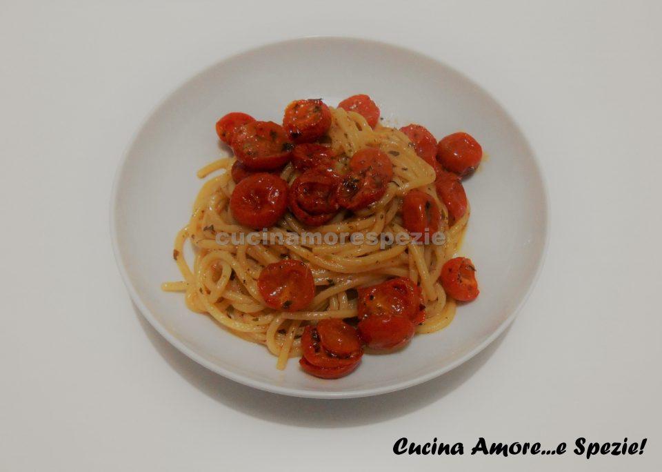 Spaghetti alla chitarra confit e peperoncino