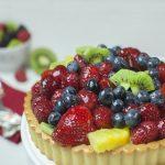 Crostatine alla crema pasticcera e frutti di bosco