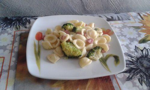 Orecchiette broccoletti e pancetta