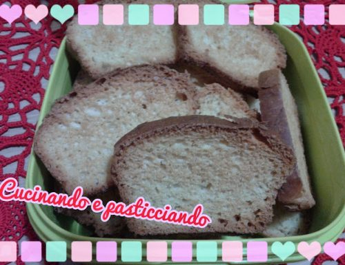 Fette biscottate con pasta madre