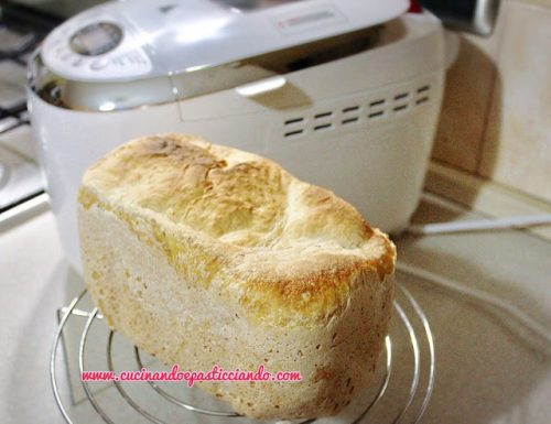 Pane con la Macchina del Pane