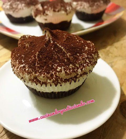 Mini cheesecake al tiramisù
