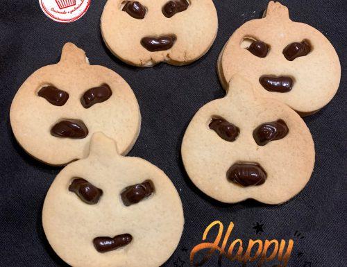 Biscotti di Halloween alla crema di cioccolato fondente