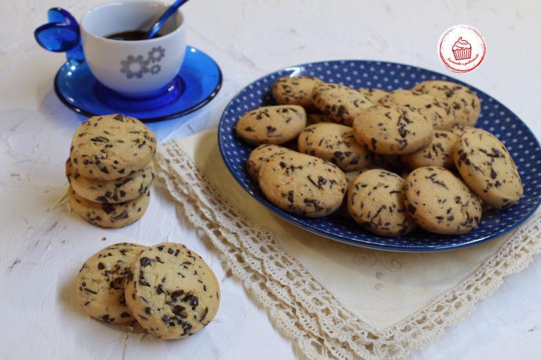 Biscotti con scaglie di Cioccolato