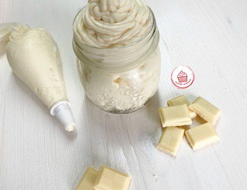 Namelaka al cioccolato bianco al profumo di limone e vaniglia