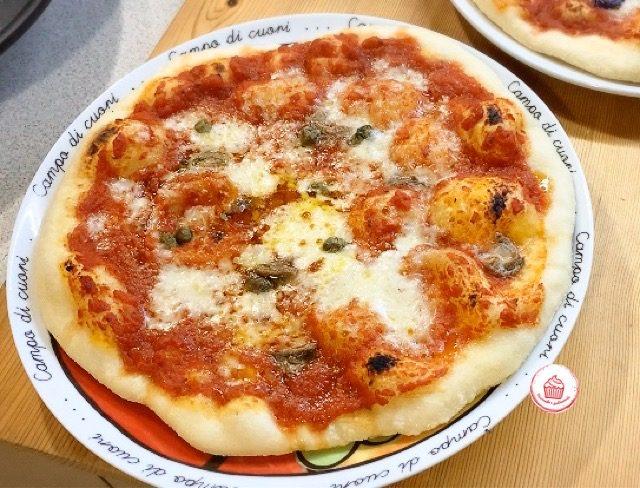 Pizza tonda come in Pizzeria con Lievito Madre, 100% semola