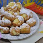 Frittelle di Carnevale con la crema
