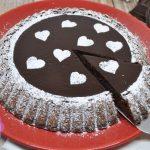 Torta glassata al cioccolato fondente