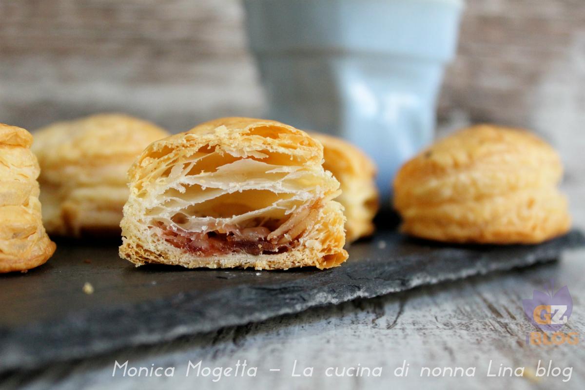 Ovetti di sfoglia con nocciole miele e marmellata la cucina di nonna lina - La cucina di monica ...
