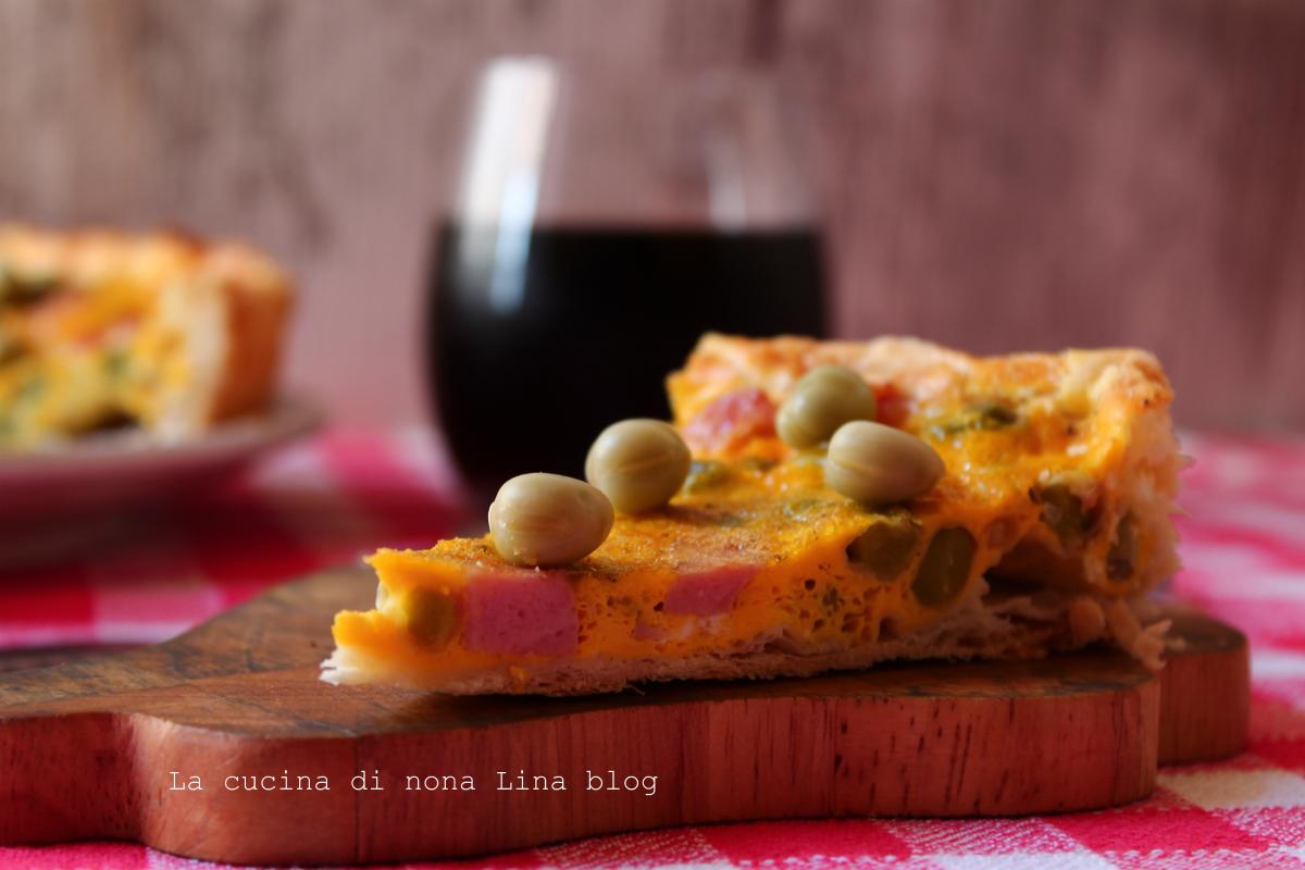 Torta salata con fave e mortadella, ricetta sfiziosa