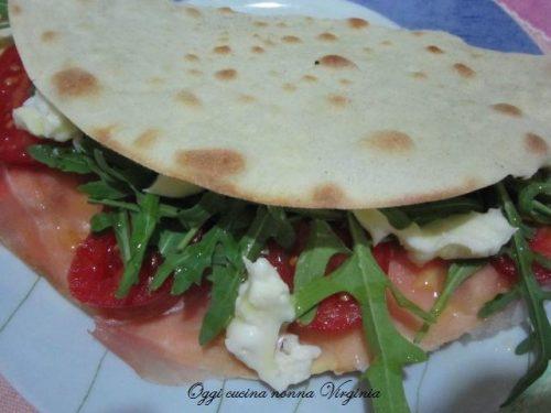 Piadina senza strutto,ricetta Pizze & co
