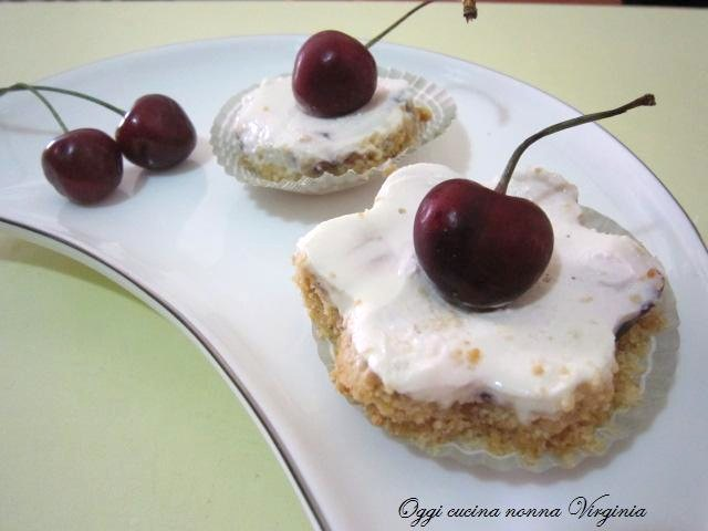 mini cheesecake alle ciliegie