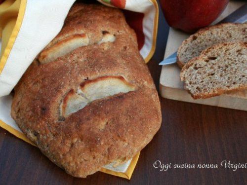Pane alle mele per una colazione speciale