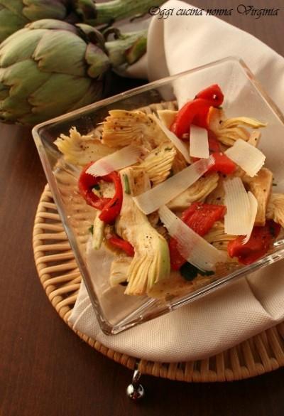Insalata di carciofi e peperoni