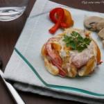insalata capricciosa con peperoni e prosciutto