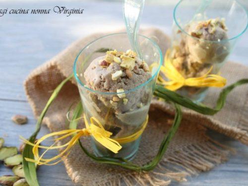 Gelato al pistacchio senza uova