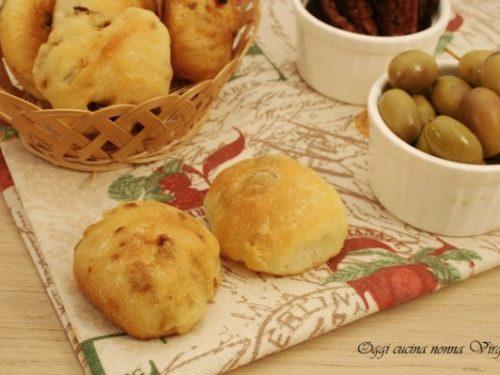 Panini pomodori secchi ed olive