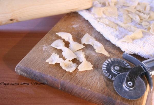 farfalle di pasta fresca,Oggi cucina nonna Virginia