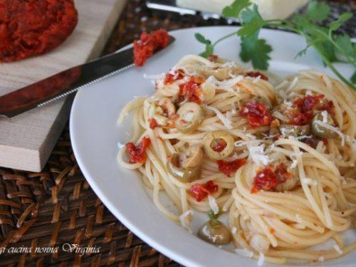 Spaghetti 'nduja ed olive