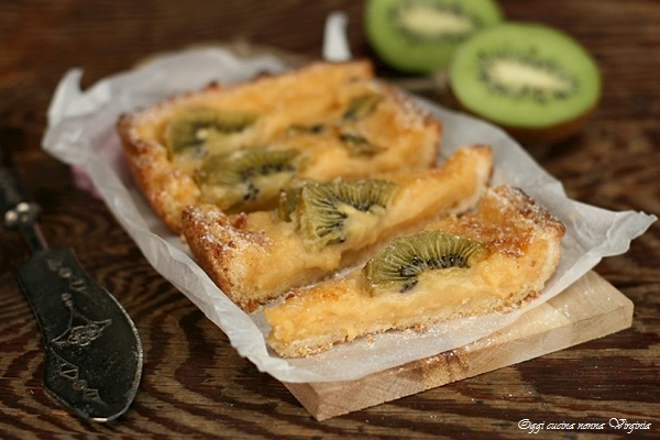 Crostata cremosa kiwi e vaniglia