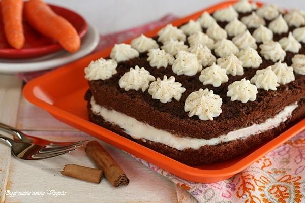 Torta carote e cioccolato farcita