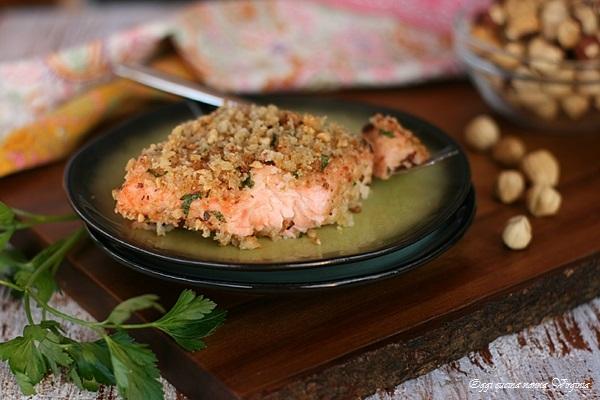 Salmone gratinato alle nocciole,Oggi cucina nonna Virginia