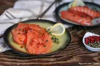 Salmone marinato al pepe rosa e timo,Oggi cucina nonna Virginia