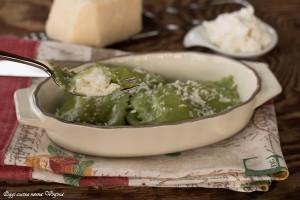 Ravioli verdi con burrata