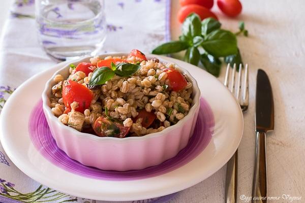 insalata farro e pomodorini