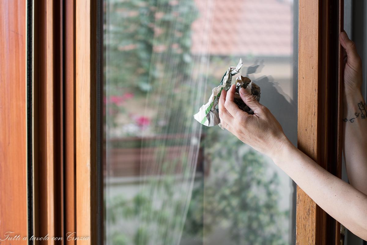 Pulire I Vetri Con Aceto come pulire i vetri senza detersivi e soprattutto niente più