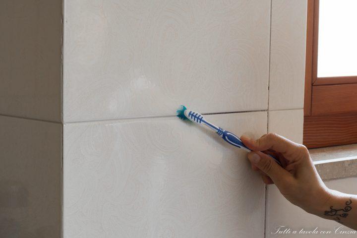 Come pulire le fughe delle piastrelle senza fatica e - Colorare le fughe delle piastrelle ...
