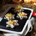 Tartine con salmone ed ananas