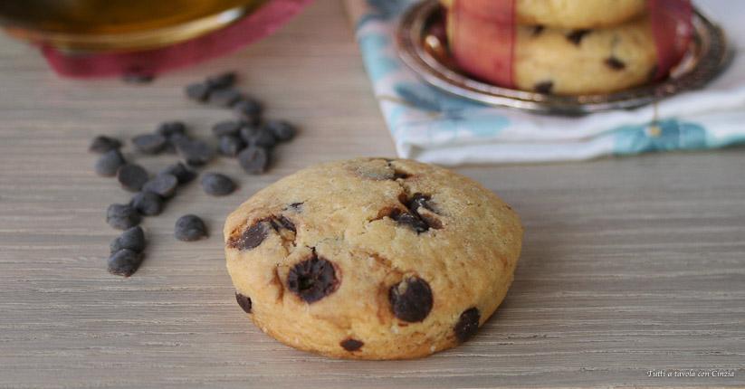 Ricetta Cookies Con Poco Burro.Biscotti Con Gocce Di Cioccolato Senza Burro Friabilissimi