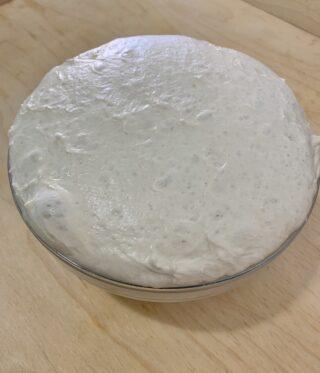 Ricetta pizza bianca romana