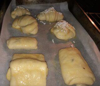 croissant pronti per essere infornati