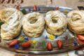 Pate à choux bignè a forma di numeri e chantilly