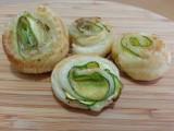 Involtini di pasta sfoglia con zucchine