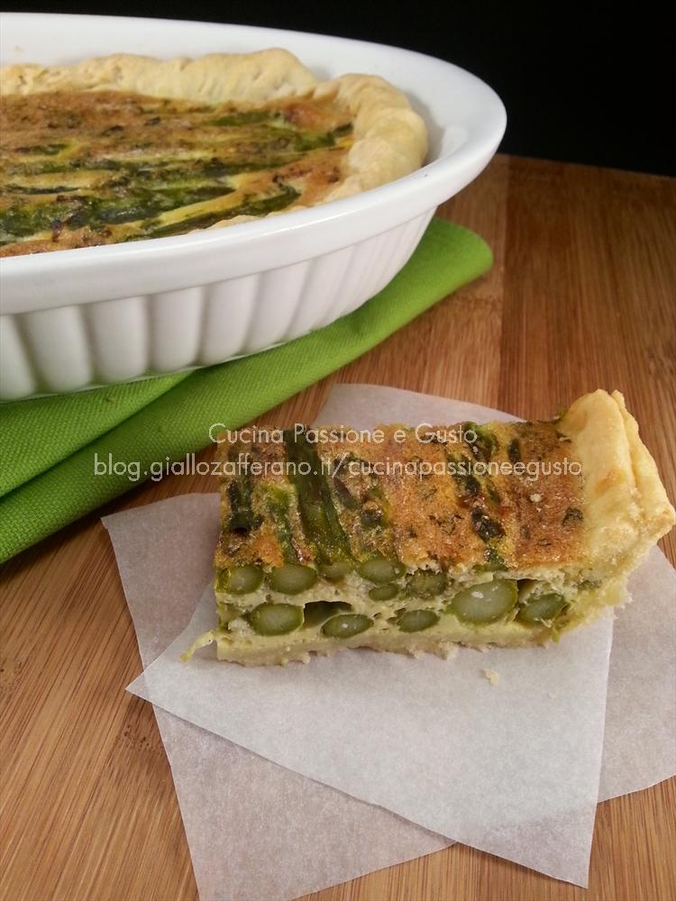 torta salata con asparagi e gorgonzola