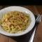 Pasta con salmone e pesto di pistacchi